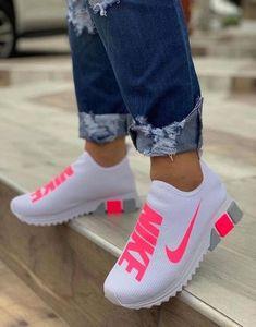 Cute Nike Shoes, Nike Shoes For Sale, Cute Nikes, Adidas Shoes Women, Cute Sneakers, Nike Air Shoes, Sneakers Nike, Trainers Adidas, Sneakers Women