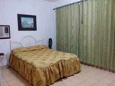 Casa la Chiqui Owner:                    Caridad Montaner            City:                       Havana              Address:                 Calle 5ta No. 717 entre 8 y 10, Vedado        Breakfast:               No    Lunch/ diner:           No Number of rooms:    2