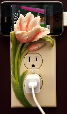 Tulip Cell Phone Charger Holder (1)
