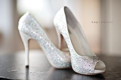 ahhh sparkly shoes,,,i think yes!