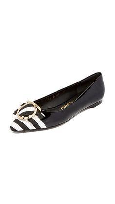 dc7ed7272b2bc0 SALVATORE FERRAGAMO Ezia Stripe Flats.  salvatoreferragamo  shoes  подошве  Striped Flats