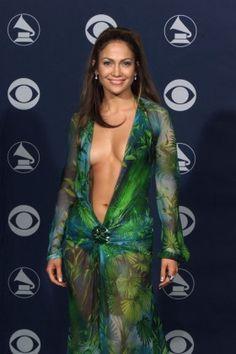 Jennifer Lopez Accused Of Being A Diva By John Legends Fiancee Chrissy Teigen - Entertainment & Stars
