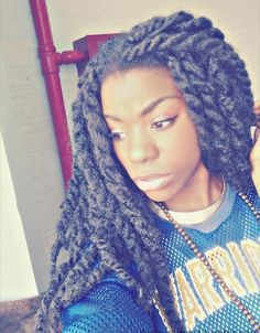 love this hairstyle...I think it's marley twists