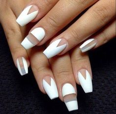How amazing is this white nail art?! Loving it!