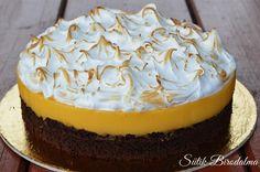 A krém savanyúságát tökéletesen kiegészíti az édes hab! Nekünk nagyon bejött!:))   És megsúgom, hogy ez a barátom születésnapi tort... Cake Cookies, Cupcake Cakes, Food Cakes, Hungarian Recipes, Elegant Cakes, Pavlova, Cookie Desserts, Cakes And More, Amazing Cakes