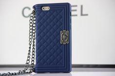 coque iPhone 6s 6s plus Chanel forme d'un sac a mian silicone souple achat sur www.lelinker.fr Coque Iphone 6, Chanel Boy Bag, 6s Plus, Gadgets, Shoulder Bag, Top Luxury Brands, Daughters, Technology, Fit