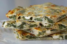 Spinach & Feta Borek with Olives, Mushrooms & Homemade Filo Pastry - best ever börek!! ramsonsandbramble.com