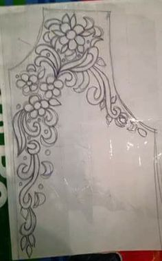تعليم فنون الخياطة والأشغال اليدوية كخياطة الراندة Hand Embroidery Design Patterns, Kurti Embroidery Design, Hand Embroidery Videos, Hand Work Embroidery, Embroidery Motifs, Embroidery Techniques, Ribbon Embroidery, Embroidery On Kurtis, Embroidery Fashion