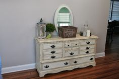 A blog about painting furniture, DIY decor, and upcycling things from around your home.