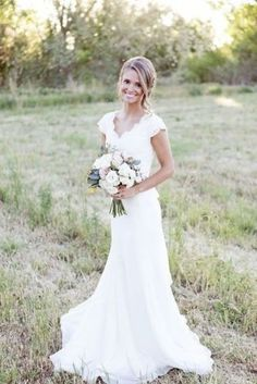 Vintage-Lace-V-Neck-Wedding-Dress-Mermaid-Western-Country-Cap-Sleeve-Bridal-Gown