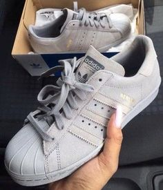 adidas superstar femme bande grise
