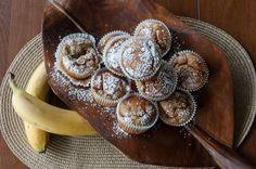 Συνταγή για cupcakes με μπανάνα και σοκολάτα από τον Άκη Πετρετζίκη! Μια τέλεια ιδέα για ένα απολαυστικό σνακ αλλά ακόμα για τα παιδικά γενέθλια των παιδιών σας