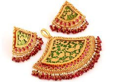 Gold Jewelry Making Women's Jewelry Sets, Royal Jewelry, India Jewelry, Women Jewelry, Mughal Jewelry, Jewelry Making, Gold Temple Jewellery, Gold Jewellery Design, Gold Jewelry