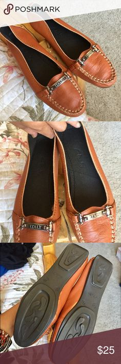 CLARK ITALIAN FLAT Made in Italy, never use, size 8, brown color, light and comfy Clarks Shoes Flats & Loafers