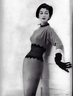 An outfit was not complete without the gloves in the 1950s