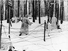 German Reconnaissance Troops Preserve an Enemy Wire, January 23, 1940