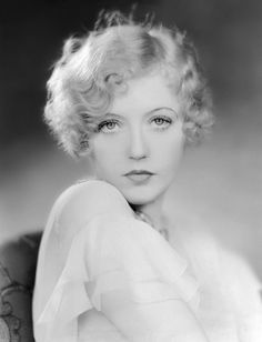 Portrait of Marion Davies, Old Hollywood Glamour, Golden Age Of Hollywood, Vintage Glamour, Vintage Hollywood, Hollywood Stars, Vintage Beauty, Classic Hollywood, Vintage Style, Hollywood Hair
