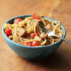 Spaghetti with spicy marinated tofu and cherry tomatoes - a fast and flavorful  vegan dish! I would probably do chicken since I don't think I would like tofu, but I'd make it with tofu if a friend so wished.