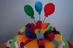 taart van vilt top, felt cake, webshop het Vrolijke Nest