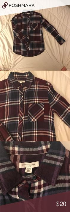 Flannel Shirt BEACH LUNCH LOUNGE flannel   • Color- Dark & light PURPLES  • Size XS  • Classic flannel print  • 1 front pocket  • LIKE NEW CONDITION beachlunchlounge Tops Button Down Shirts