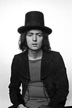 Ritchie Blackmore Siga o nosso blog Mundo de Músicas em http://mundodemusicas.com/