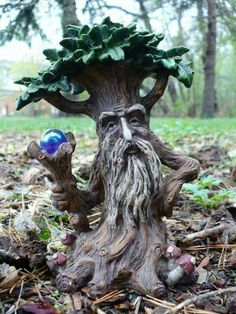 New 2 tree man statues enchanted forest crystal ball Garden Statues, Garden Sculpture, Fairy Statues, Magic Garden, Fairies Garden, Herb Garden, Garden Plants, Tree Faces, Tree Carving
