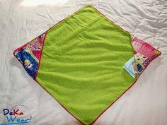 #sew #tutorial Badkape / wikkeldoek & verschoningsmat in één - Tutorial Bathcape / baby wrap & changing mat in one by DeKaWear