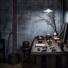 STAY-home.com likes: @hakujitu_'s shop in Asakusa is one part museum, one part dream home, and one part curator & prop stylist dream. @thedenizenco really knows the good spots. I try to limit my acquiring of material objects to artifacts & objects of use that I know I'll treasure, are beautiful to me, and interact with often. There was no shortage of worthy goods here. Follow him for authentic wabi sabi inspiration. #localmilkjapan #wabisabi #theartofslowliving