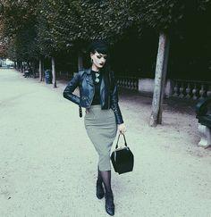 "2,831 Me gusta, 74 comentarios -  (@dinamorti) en Instagram: ""Skirt by @vivienofholloway """