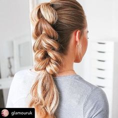 Who is loving this look? Pull through braids? Would look perfect with a Zarii Hair Bow. COMING SOON! #hairbow #velvet #velvethairbows #pullthroughbraid #goldcoasthair #goldcoastmodel #hairaccessories #blonde #blondehair #hairstyles Pretty Braided Hairstyles, Popular Short Hairstyles, Sporty Hairstyles, Braided Ponytail, Ponytail Hairstyles, Volleyball Hairstyles, Braided Buns, Woman Hairstyles, Hairstyles Videos