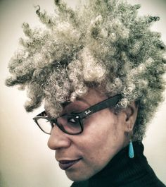 What's with all the negativity surrounding protective styling in a natural hair journey? Tapered Natural Hair, Pelo Natural, Natural Hair Care, Natural Hair Styles, Tapered Afro, Natural Hair Journey, Pelo Afro, Natural Hair Inspiration, Silver Hair