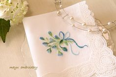 Petit Point Embroidery : Wedding Handkerchief - Mayu Embroidery