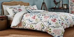 Sanderson - Traditional to contemporary, high quality designer fabrics and wallpapers | Home Accessories - Sanderson has a wide range of rugs, towels, bedlinen and home fragrances | British/UK Fabric and Wallpapers | Bedlinen