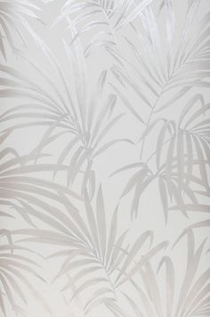 Design wallpaper Almudena in white and shades of silver puts palm fronds into a striking colour context. Wallpaper From The 70s, Palm Wallpaper, Iphone Wallpaper Vsco, Textured Wallpaper, Wallpaper Backgrounds, Silver Grey Wallpaper, Large Metal Wall Clock, Shimmer Lights, Gifts For Office