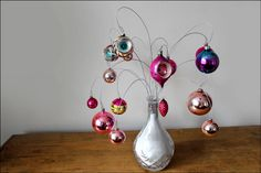 Bouquet of Baubles-- Diy ornament display using wire, salt, vase