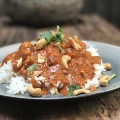 Tikka Masala - Familie over de kook Tika Masala, Garam Masala, Indian Food Recipes, Ethnic Recipes, Middle Eastern Recipes, Clean Recipes, Tasty Dishes, Food Inspiration, Chicken Recipes