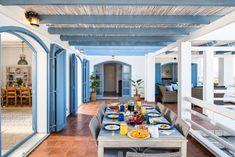 Cafe Design, Greece, Mansions, House Styles, Outdoor Decor, Home Decor, Greece Country, Cafeteria Design, Decoration Home