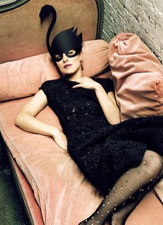 Feist ( love that couch, those tights and of course, Feist)