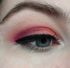 FALL EYE plum-purple-magenta-fuschia-tropical-mango-orange-eyeshadow-black-liquid-liner-cat-eye