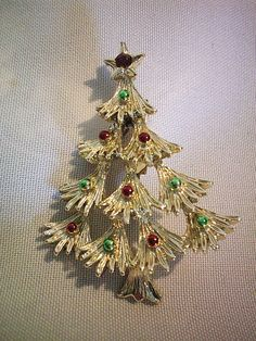 Vintage Gerrys CHRISTMAS TREE Brooch Pin Red and Green Enameled ~ Signed
