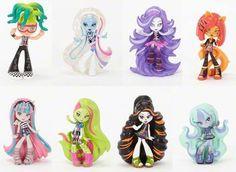 Monster High Vinyl Figures Wave 2, 2015 - Deuce Gorgon, Abbey Bominable, Spectra Vondergeist, Toralei Stripe, Rochelle Goyle, Venus McFlytrap, Skelita Calaveras and Twyla