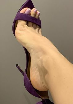 Sexy Legs And Heels, Sexy High Heels, Stilettos, Pantyhose Heels, Beautiful Toes, Sexy Toes, Female Feet, Sexy Sandals, High Heels