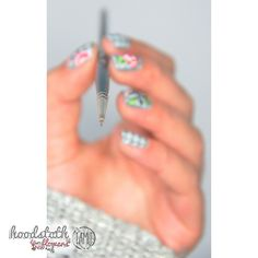 Houndstooth floral nails. | Inspired by Very Emily.