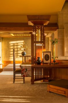 The just-completed $4.4 million renovation of Hollyhock House has returned the house to its original grandeur, inviting guests to experience what the house looked like when it was originally completed. Modern Living Room by Joshua White