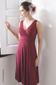 Mothers En Vogue Sophia Nursing Dress, Tulipwood Red - Izzy's Mum Breastfeeding Clothing