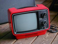 1978 PORTABLE RED TELEVISION, R C A solid state, working, retro, cool collectible, T V set. $115.00, via Etsy.