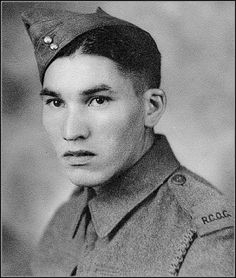Code talkers were First Nations soldiers in World War II who spoke Cree. They were the Canadian military's secret weapon. Native Canadian, Canadian Army, Canadian History, Ww1 Soldiers, Canadian Soldiers, Aboriginal Education, Aboriginal People, Code Talker, Native American Wisdom