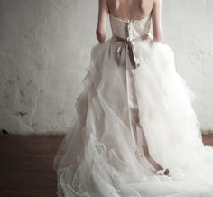 cascading tulle wedding gown by Anne Barge // photo by Emily Steffen