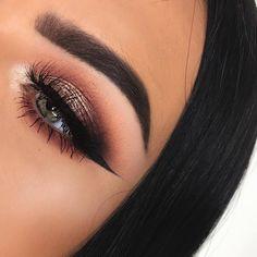 eye with makeup tutorial makeup tutorial for green eyes makeup zodiac chart makeup eye shape for eye makeup makeup eye shape blue eye makeup to apply eye makeup Glam Makeup, Love Makeup, Makeup Inspo, Makeup Inspiration, Beauty Makeup, Makeup Style, Hair Beauty, Eyebrow Makeup, Skin Makeup