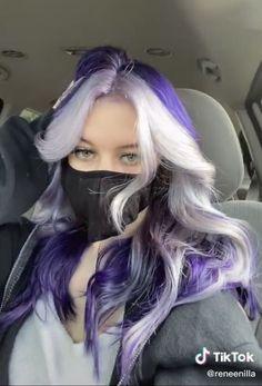 Cute Hair Colors, Pretty Hair Color, Hair Dye Colors, Split Dyed Hair, Hair Color Streaks, Dye My Hair, Aesthetic Hair, Grunge Hair, Purple Hair